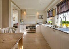 Adesivi personalizzati: la nuova frontiera delle decorazioni casalinghe